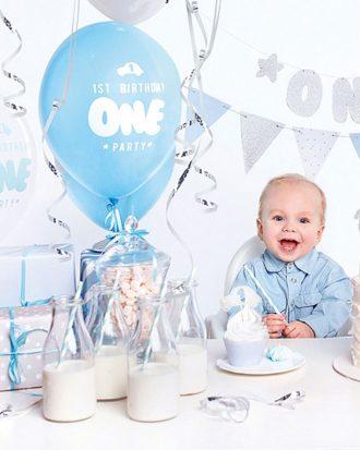 1st Birthday Blå och Silver Kalaspaket